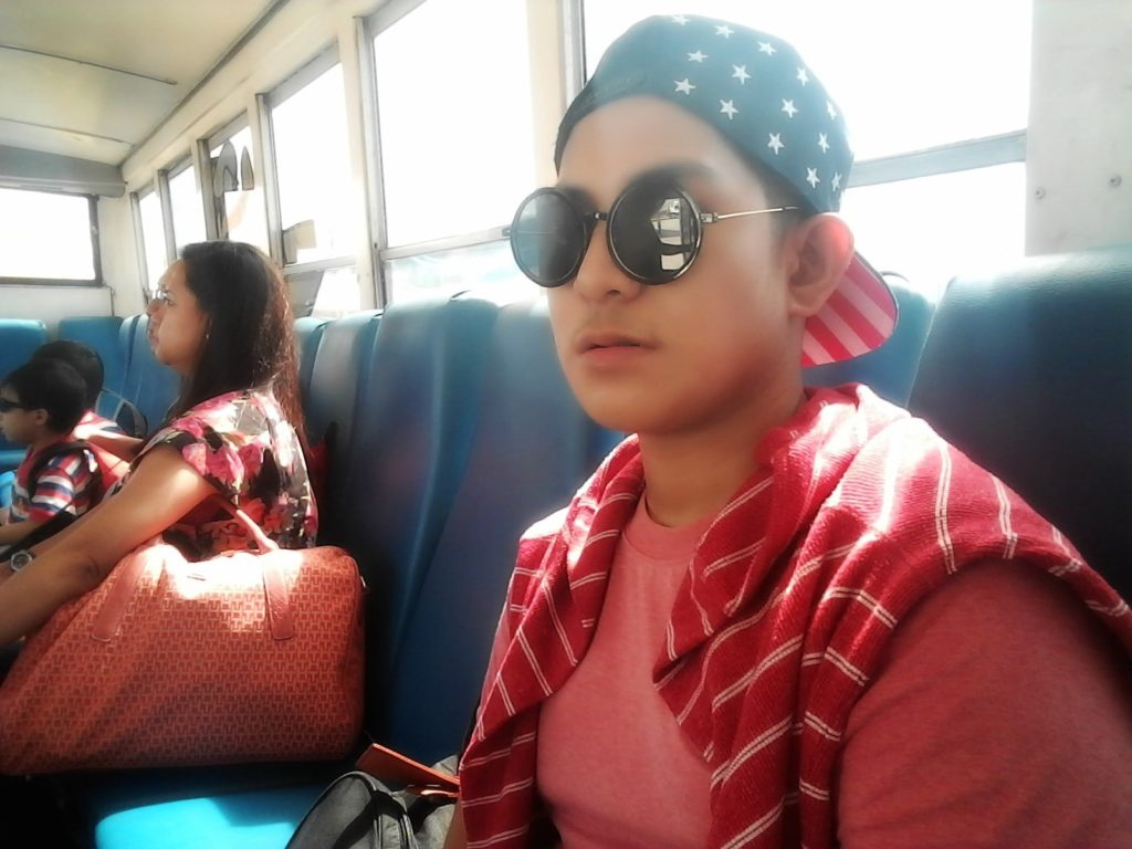 airport-bus-2-min